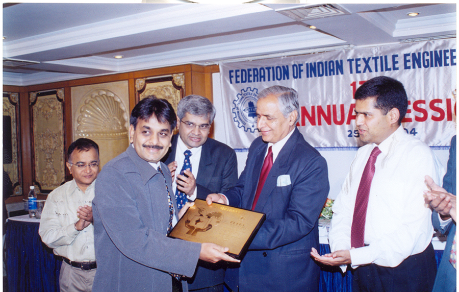 Federation-special-export-award-for-SSI-2002-2003-1